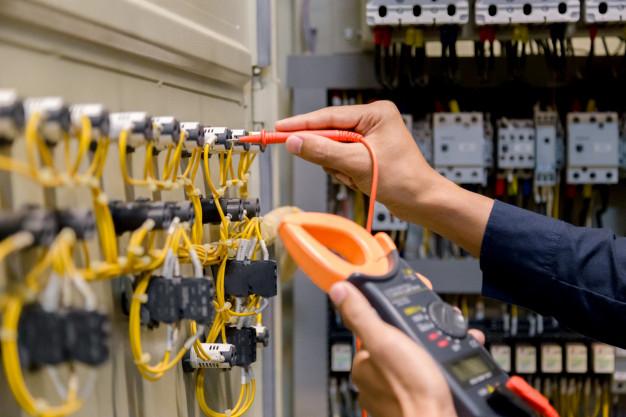 Anlagenmessung gemäß DIN VDE 0100-600 / VDE 0105-100 (E-Check)